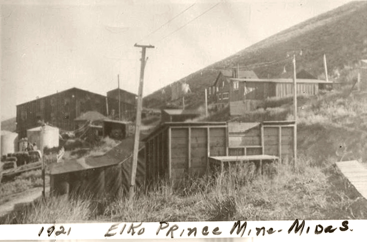 The Elko Prince mine shortly before the mill burned in 1922, bringing mining in Midas to a halt for several years.